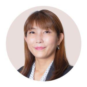 スタディング税理士講座相続税法講師の金澤美佐講師の顔写真